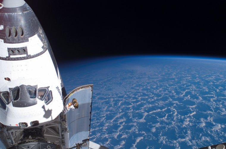 Terre vue dans la navette