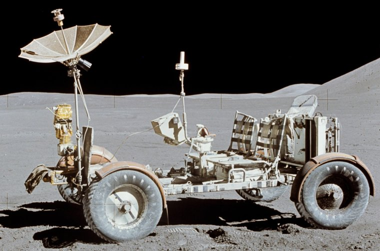 Jeep lunaire = Rover lunaire = Lunar Roving Vehicle = LRV