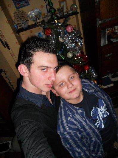 Mon petit frère, ma vie, mon bonheur