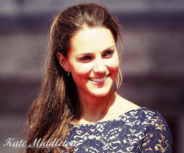 .      Découvre toute l'actualité de la magnifique Duchesse de Cambridge, Kate Middleton!  .