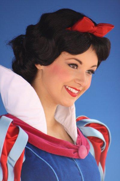 La 7 ieme blanche neige photos des princesses de disneyland paris - La princesse blanche neige ...
