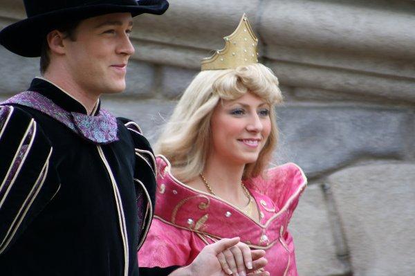 Aurore et le prince philippe photos des princesses de - Aurore philippe ...