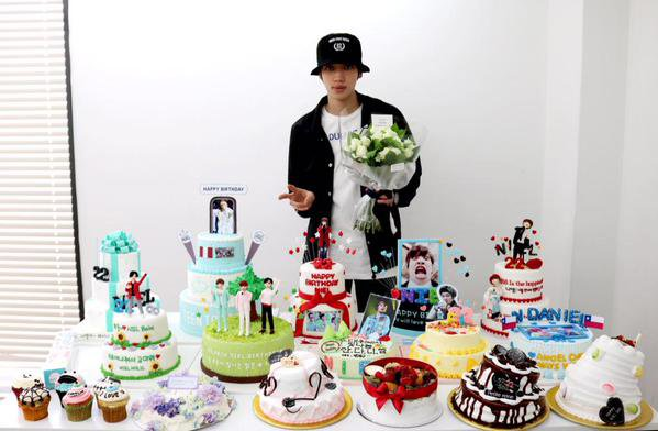 ANNIVERSAIRE NIEL LE 16/08/2015  22 ANS +  150816 틴탑 TEENTOP NIEL Mini Birthday Party!