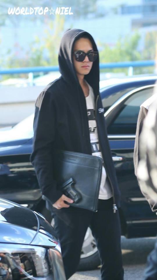 (17/09/15) focus #Niel (#CAP, #Chunji , #Ricky)  después de  KBS2 National Idol Si nging Contest Chuseok.+  #틴탑 at Gimpo Airport heading to Osaka,Japan PHOTOS
