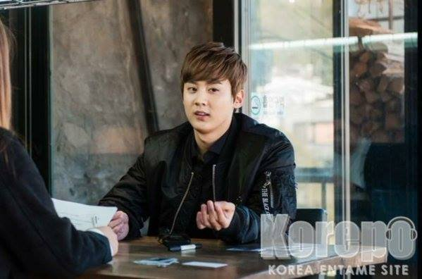 "151129 Chunji ""Cafe-In"" Interview #틴 PHOTOS+ #틴탑 at Haneda Airport, Japan (Arrival) PHOTOS"