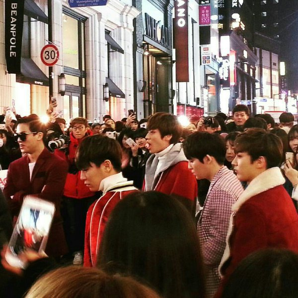 151222 TEEN TOP (틴탑) discovered in Myeondong+151223 TEEN TOP (틴탑) On Air Ep 6 Preview+
