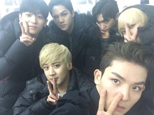 WHOO TEEN TOP gagner la première place dans le même temps ils font leur retour sur 'The Show'+