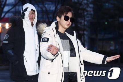 "21 photos on Facebook in the album ""[News Photo] 160219 #틴탑 otw to Music Bank"