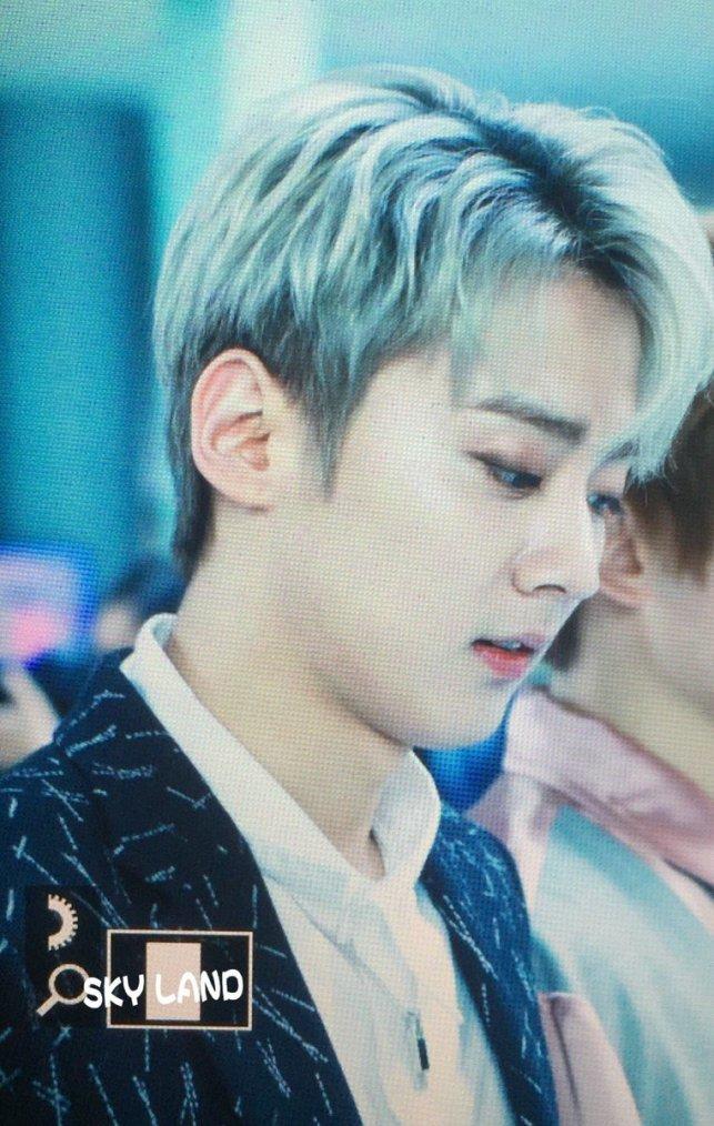 Choi Hwa-jeong puissance du temps, Call Me, Teen Top en direct+11.04.17} ( ) # Chunji de camino un SBS Choi Jeong Hwa puissance Radio. Créditos: Chanhee_sky PHOTOS