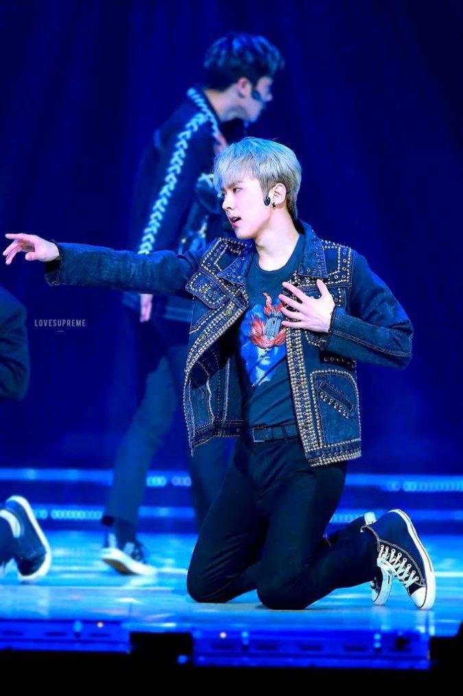 #TEENTOP #Love_Is Fan-signing @24yes Gangnam Store PHOTOS+ 170414 DING O STYLE - Que TEEN TOP garçons aujourd'hui ?+TEEN TOP - 재밌어(Love Is) / The Show 170418