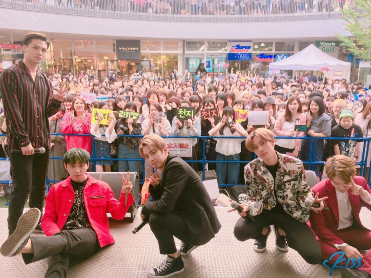 170527 Osaka, Japon # Highfive Promotions TEENTOP PHOTOS+170528 Kobe, Japon # Highfive 2ème album complet Promotions TEENTOP PHOTOS