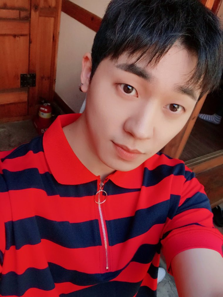 "Namgung min et BTOB Chansopu Ando # TEENTOP de # Chunji et al, Musical ""Be  nhur"" réunions de démonstration VIP pour ass ister. # Tintab  # Cheonji - nouvelles de divertis sement sud - coréen Kstyle  http: // +  170913 TEEN TOP Vous aimez Cheonan HeungTaeRyung Festival? / Long droite fille (Mlle Droite) / Crazy / Rocking (Fancam)"