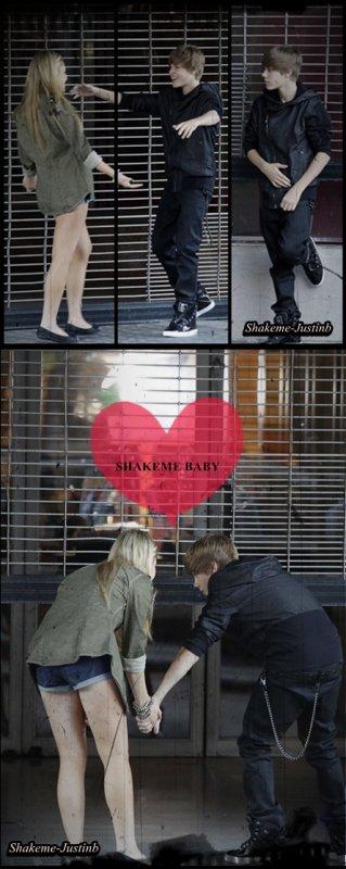 Justin Bieber à était vu dans les bras et tenant la main d'une fille le 13 septembre dernier à Los Angeles, ce n'est que pendant le tournage de son prochain clip « U smile »  : ) !