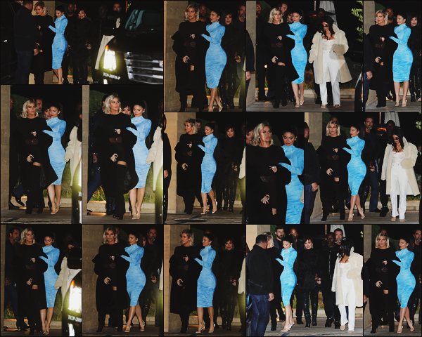- -► 09/01/20-' : La famille Kardashian/Jenner prenait du bon temps au restaurant ! Ils quittaient le - « Nobu » à Malibu.    Première sortie 2020. Côté tenue, Kylie Jenner portait une robe mi longue moulante bleue, mais j'aime moyennement pour ma part. Qu'en pensez-vous ? -