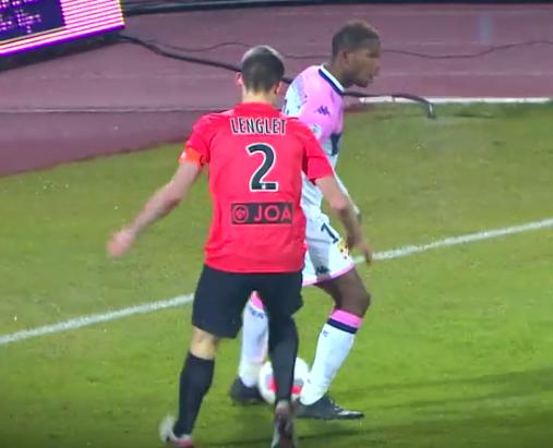 Maillot porté par Loïc PUYO lors du match ETG / ASNL du 17-12-2015.