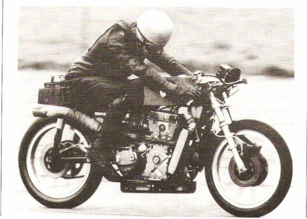 La Linton 500 twin .      Document Moto-revue 1969.