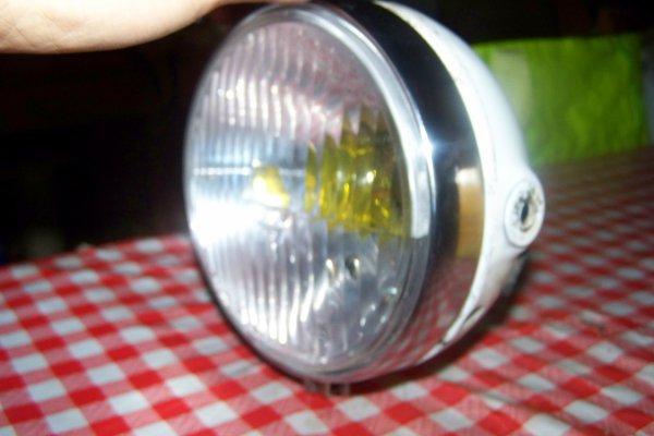 Les phares de TY, sont en or !