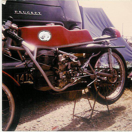 Une 125 ABF
