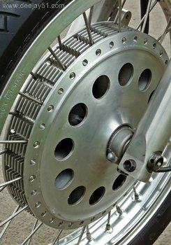 Application du frein à disque inboard .