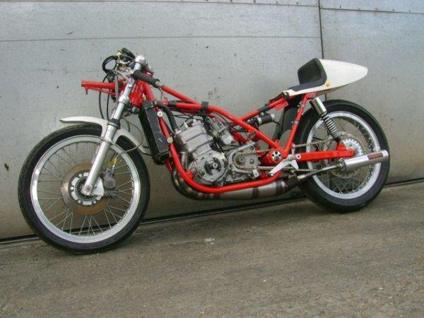 Harley 4 fois champion du monde de vitesse .....