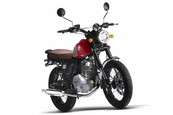 Une belle petite moto . La mash 250 .