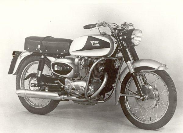 Dossier 250cc .  les  Morini .