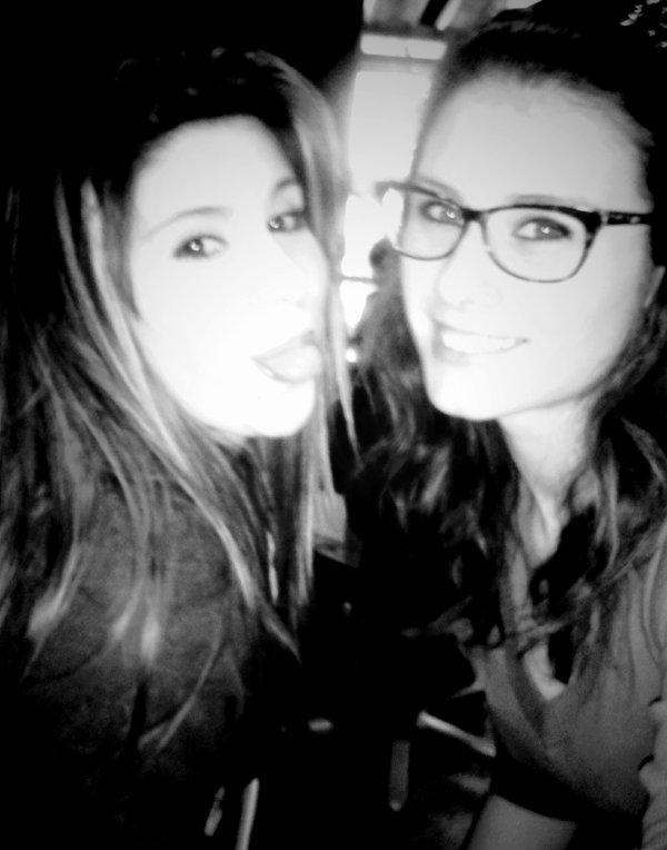 Johanna & Chàrlotte                   `  Hirma ♥