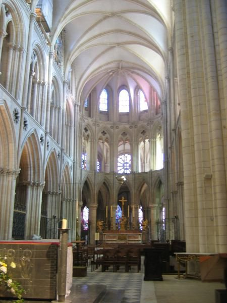 L Interieur D Une Eglise Gothique Blog De Architecture