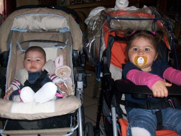 voila sa ces mes deux petite fille léa avec lilou ke je ver fai des gros bisou!!!!!!!!!!!!!!!!!