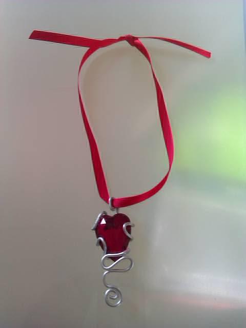 Collier ruban-petit coeur 3