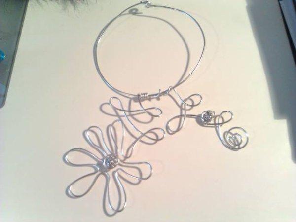 collier fleures 2