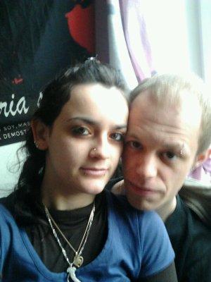 Alex & Jess (l)