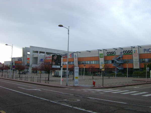 Le centre commercial Saint-Louis