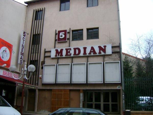 Le Médian