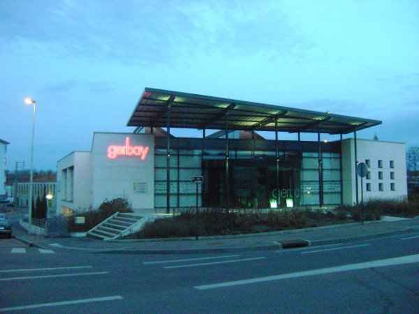 "l'agence immobilière ""gerbay"""