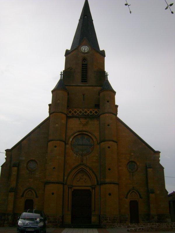 L'église Saint-Barthélémy de Mably