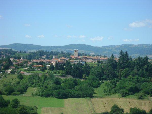 Le bourg de Villerest