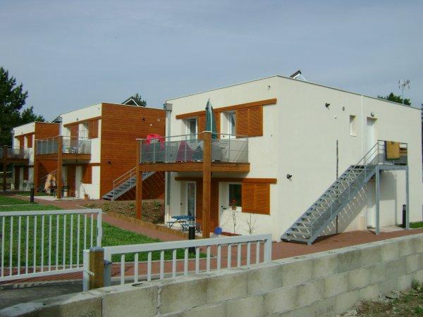 3 pavillons locatifs