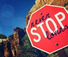 L'amour est plus fort que la mort.