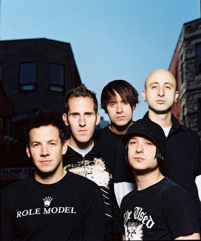 """Simple Plan - Commençons par 2002 Pour Finir en """" Beauté """" Par 2011 !"""
