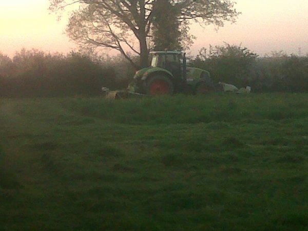 Fauchage d'herbe 2013. [ Première Parti ]