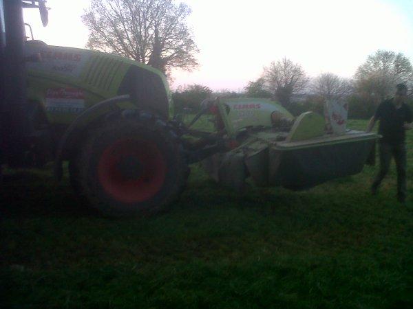 Fauchage d'herbe 2013. [ Deuxième Parti ]