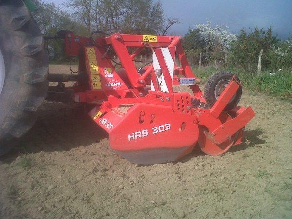 Préparation des terres pour le semis de maïs
