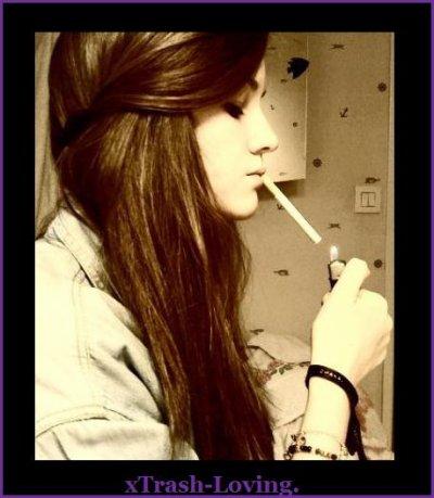 """Il paraît que """" Fumer tue"""" . Ne pas fumer ne rend pas immortel pourtant."""