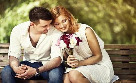 Quand tu aimes quelqu'un, tu le prends en entier, avec toutes ses attaches, toutes ses obligations. Tu prends son histoire, son passé et son présent. Tu prends tout, ou rien du tout , C'est comme ça .