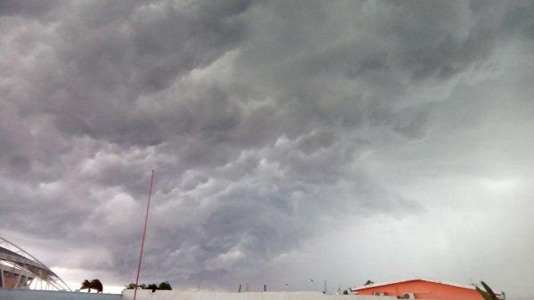 Une orage qui s'annonce