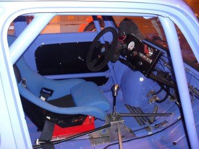 L'intérieure de la Simca.