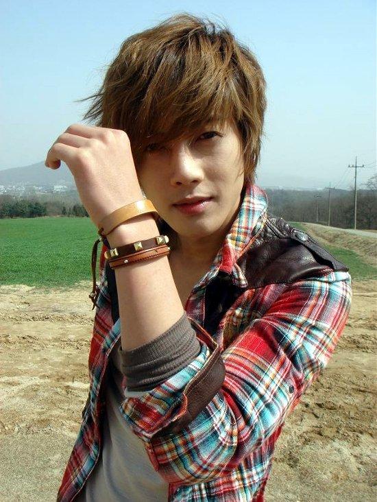 Pitit Article sur Kim Hyun-joon