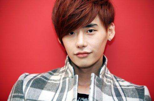 Lee Jong Suk révèle avoir peur de se rendre à des émissions télévisées