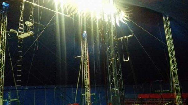 """Les nouvelles installations du cirque de la famille DOUCHET """""""